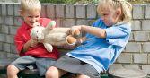 Почему ребенок конфликтует на детской площадке?