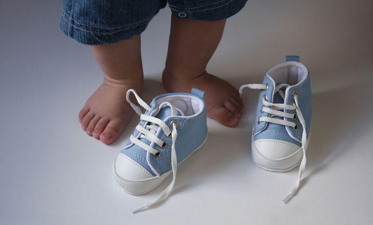 Первая обувь для малыша. Что учесть при покупке?