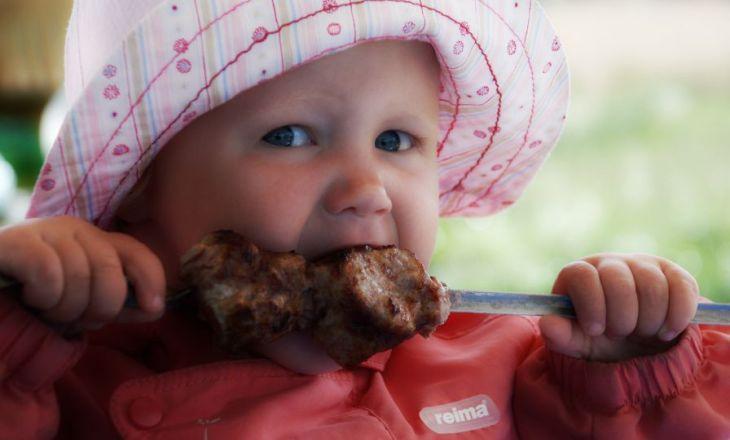 Можно ли детям есть шашлык?