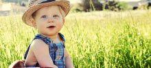 Как одевать маленького ребенка в жару?