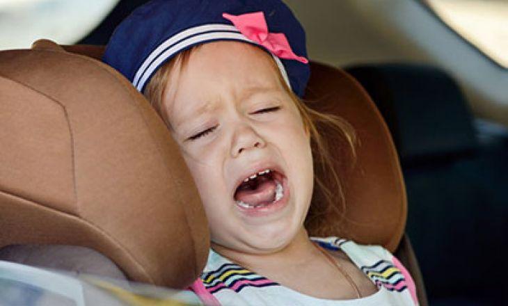 Что делать, если ребенок не хочет сидеть в автомобильном кресле?