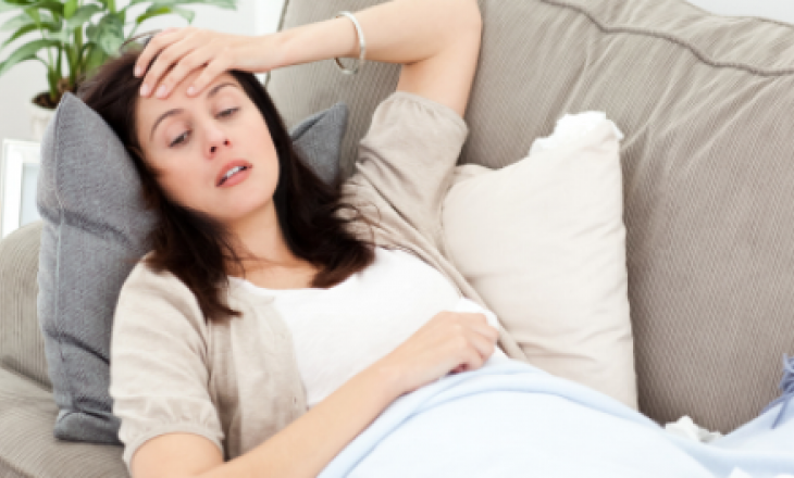 Почему бывает токсикоз во время беременности?